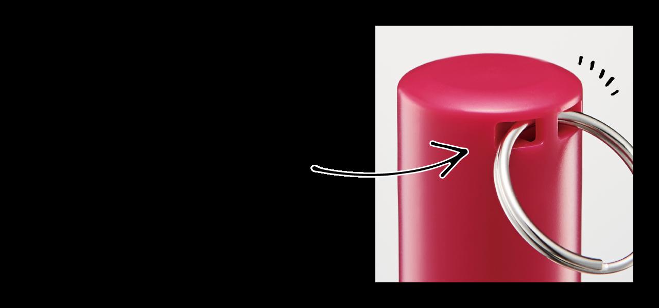 携帯に便利なストラップ・リールキーホルダーの取り付けも可能です。ネックストラップで首から下げるなど、スマートに持ち運べます。
